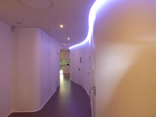 Clínica Alsana recepción corredor2