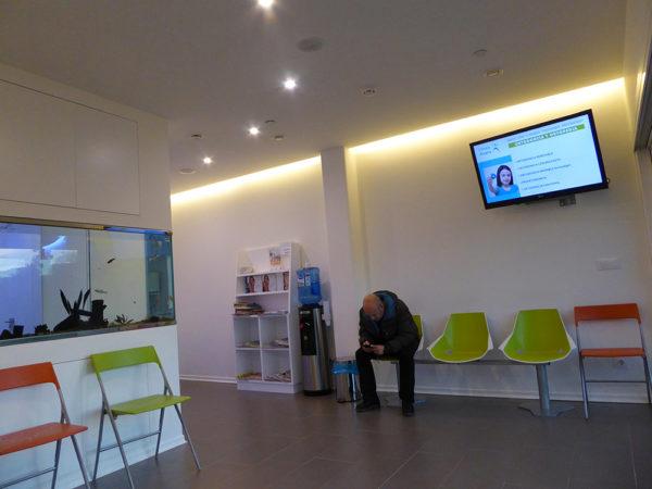 Clínica Alsana sala de espera 3